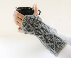 Crochet Gloves Pattern Awesome Lighting Fast Fingerless Mittens With Faux Cables