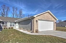 250 Polly Lane, Hobart, Indiana 46342