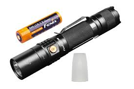 Fenix Lights Fenix Uc35 V2 0 Led Flashlight Bundle