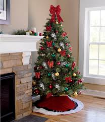 Decorating Christmas Tree With Balls 100 Creative Christmas Tree Decorating Ideas 95