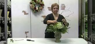 how to make a silk hydrangea fl centerpiece flower arrangement wonderhowto