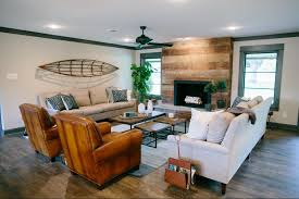 Peach Living Room Fixer Upper To Work Eligible Bachelor And Fireplaces