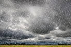 Fim de tarde chuvosa na comunidade de cotovelo zona rural do município de Barcelona .