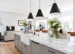 Kitchen marble top Grey Grey And White Marble Top Island Kitchen With Grey And White Marble Top Islandthe Countertop Is Carrara Marble greyandwhitemarble kitchenisland Pinterest Grey And White Marble Top Island Kitchen With Grey And White Marble