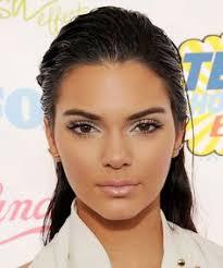 kardashian jenner kendall jenner best makeup choice awards makeup looks makeup artists beauty tips surface beautiful people
