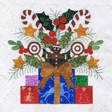 16 best Baltimore Christmas quilt by P3 images on Pinterest ... & Photo Gallery: Baltimore Christmas, page 2 Adamdwight.com
