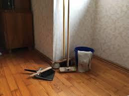 Gründliche reinigungsmittel für jeden bereich in ihrem haushalt: Boden Wischen Reinigungsmittel Und Tipps Fur Jeden Bodenbelag Utopia De