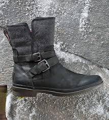 ugg women s simmens boot black size 6