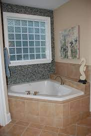 glass tile to accent garden tub