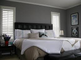 decorating bedrooms with gray walls