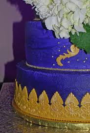 176 Best Wedding And Anniversary Cakes Images On Pinterest