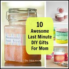10 Awesome Last Minute DIY Gifts for Mom 1 of 11