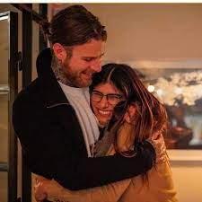 مايا خليفة راح تزوج... - Iraqis in Sweden and Finland station