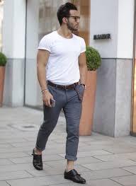 今年の夏はどう着る白tシャツのメンズコーデ8選 エフログ