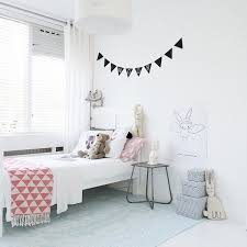 simple kids bedroom. Interesting Bedroom For Simple Kids Bedroom Y