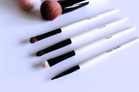 bobbi brown brushes uses. beautyminded, bobbi, brown, full, coverage, face, brush, sheer, bobbi brown brushes uses r