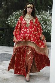 La Robe De Mariée Dans Le Monde
