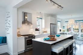 Kitchen with track lighting Shaped Track Lighting In Kitchen Decorpad Track Lighting In Kitchen Contemporary Kitchen Portico Design