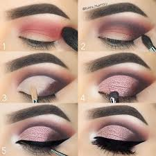 tutorial to apply eye makeup 5 ensure you set the concealer with a loose pressed powder