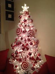 Candy Cane Themed Decorations The Best And Most Inspiring Christmas Tree Decoration Ideas For 44