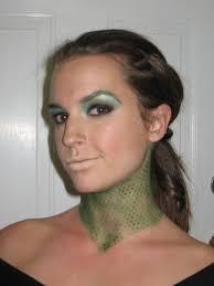 medusa makeup idea like the idea of accentuating the neck