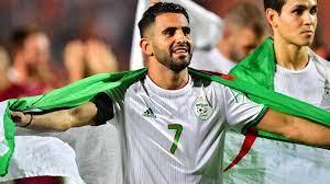 """رياض محرز ونجوم """"الأخضر"""" يدعون مستخدمي الإنترنت للتبرع لمواجهة كورونا في  الجزائر"""