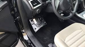 fuse box location (caja de fusibles) 2013 2017 ford fusion youtube 2014 ford focus fuse box location fuse box location (caja de fusibles) 2013 2017 ford fusion
