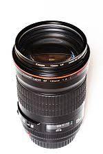 <b>Canon EF 135mm</b> lens - Wikipedia