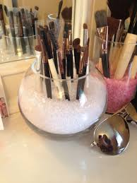Simple makeup organizer #DIY #Makeup
