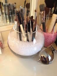 Simple makeup organizer #DIY #Makeup