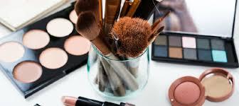 makeup artist cles