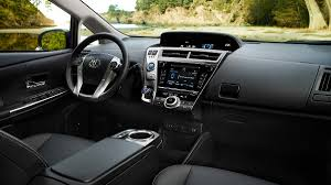 2014 Toyota Prius Five car review and test drive