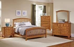Forsyth Arched Bedroom Set (Medium Oak) Vaughan Bassett | Furniture Cart