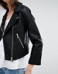 miss selfridge cropped leather look jacket black r44i8874