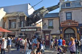 the walking dead attraction at universal studios hollywood