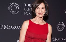 elizabeth vargas. elizabeth vargas opens up about how her anxiety fueled alcoholism | women\u0027s health