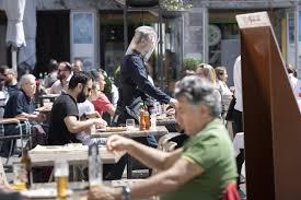 Svizzera 9 mesi Dopo la riapertura bar e ristoranti lavorano in perdita