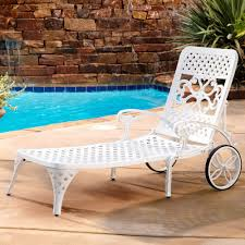 white resin outdoor chaise lounge with white resin wicker chaise lounge plus white plastic outdoor chaise lounge together with white wicker outdoor chaise