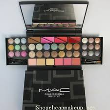22 21 pro mac makeup kit