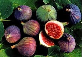 Easy Ways To Select Store And Cook With Fresh Figs