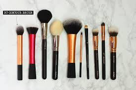 today i want to show you my favorite makeup brushes of the past months and years i always found it super useful to look at remendations on s before