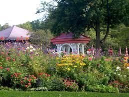 the gardens at the grand hotel on mackinac island michigan