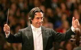 Riccardo Muti and the Berlin Philharmonic Orchestra : Requiem by Verdi