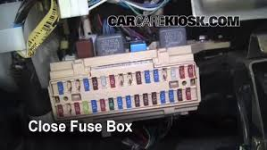 interior fuse box location toyota sienna toyota interior fuse box location 2004 2010 toyota sienna 2006 toyota sienna le 3 3l v6