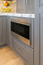 Kitchen Cabinet Door Finishes Frameless Kitchen Cabinets With Portsmouth Door Style In Knotty