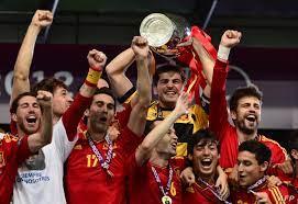 إسبانيا تهزم إيطاليا برباعية وتحرز لقب بطولة أوروبا 2012
