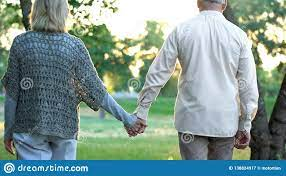 7,541 Old Couple Holding Hands Photos ...