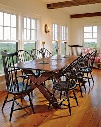 pinner writes i designed the dining room to look like a sun porch blake explains she added a small seating area at one end of the room and used vine
