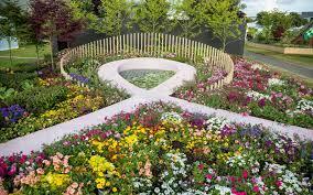 mosaic torsos at the new zealand flower garden show