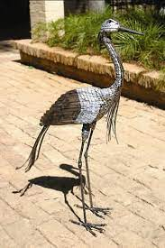 demoie crane metal garden ornament